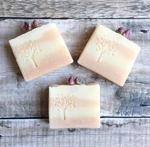 Rose geranium ~ Luxury vegan soap