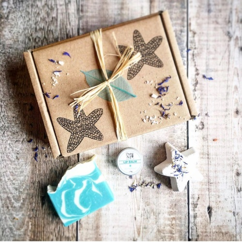 By the sea gift box