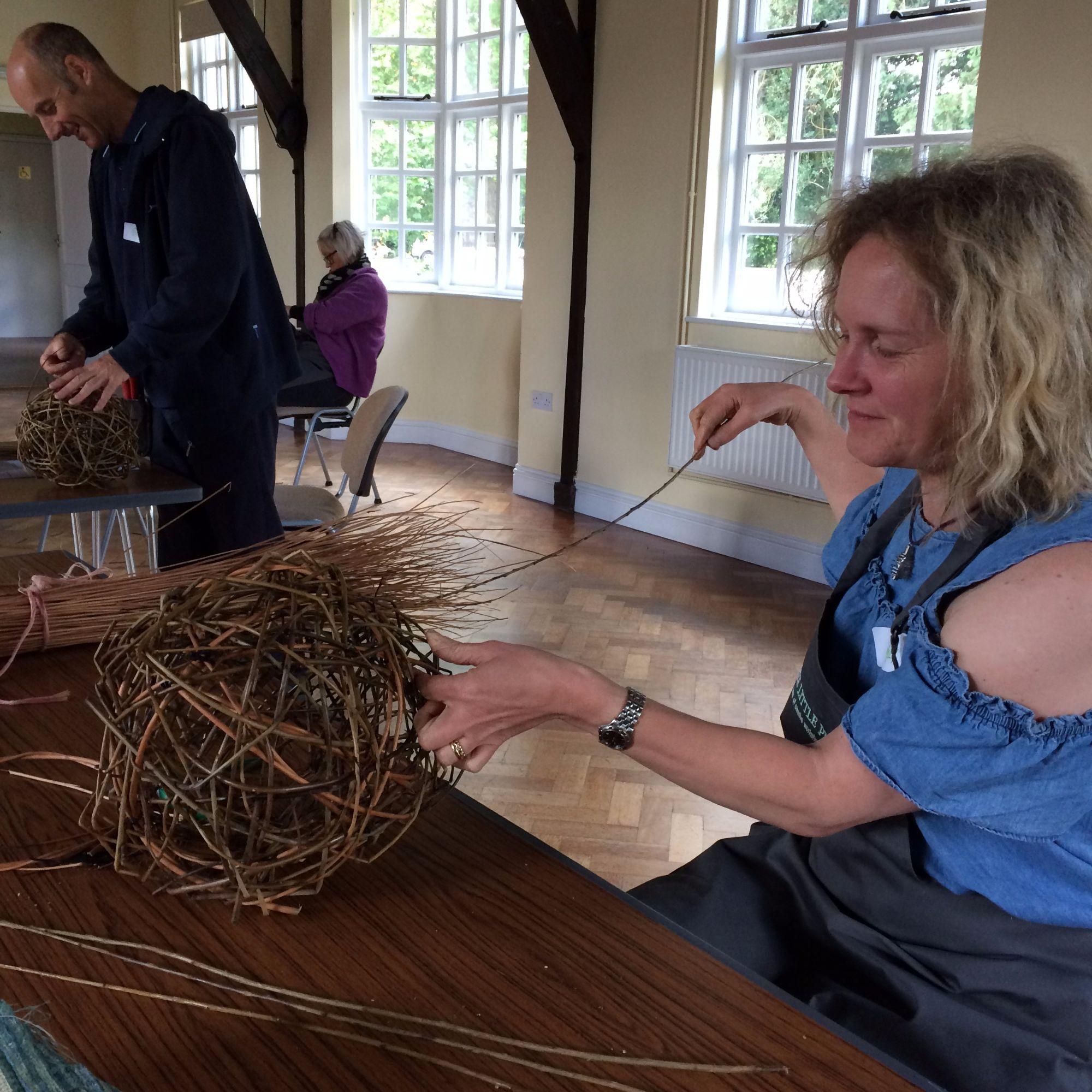 Willow Sphere Sculpture Workshop - Workshopper