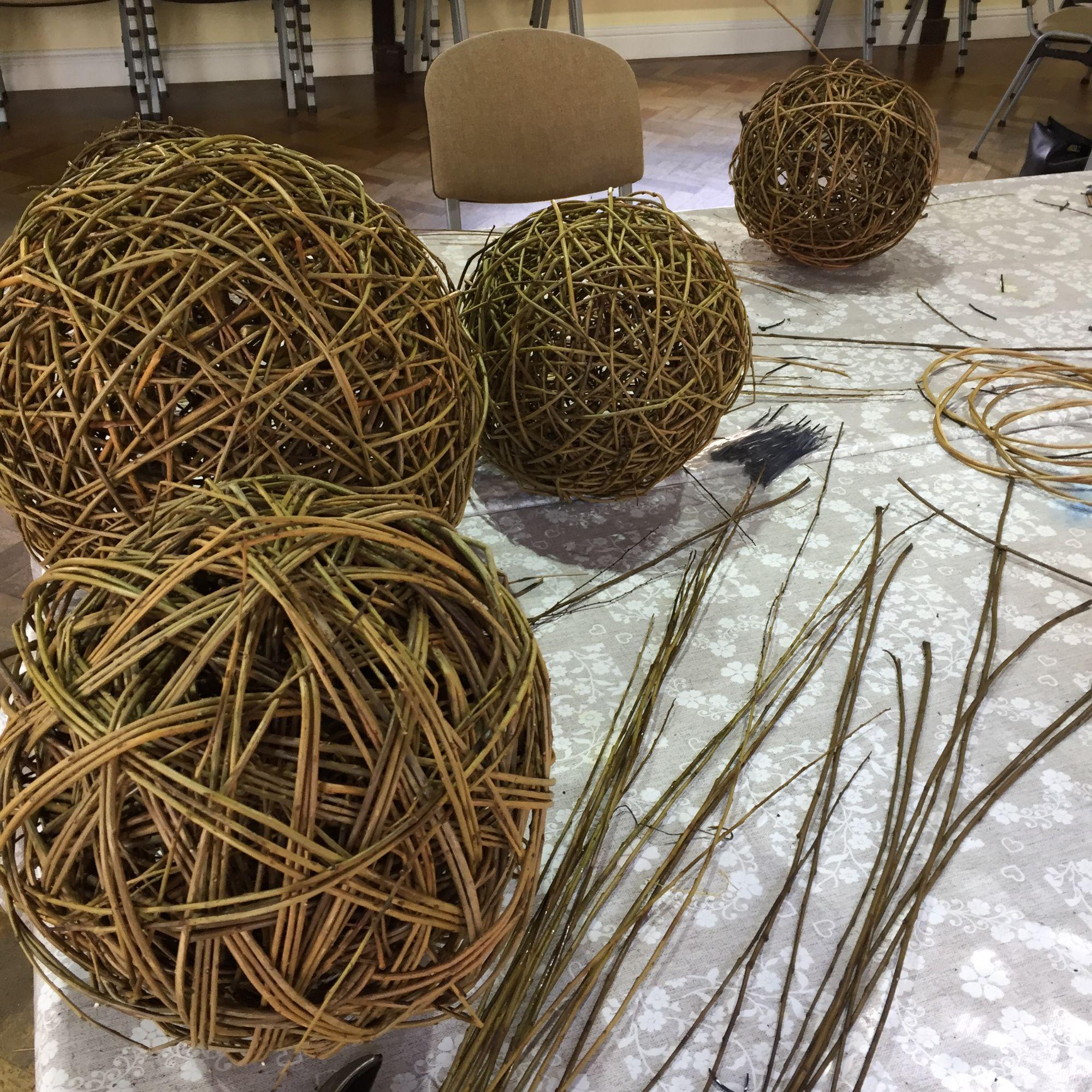 Willow Sphere Sculpture Workshop - Willow