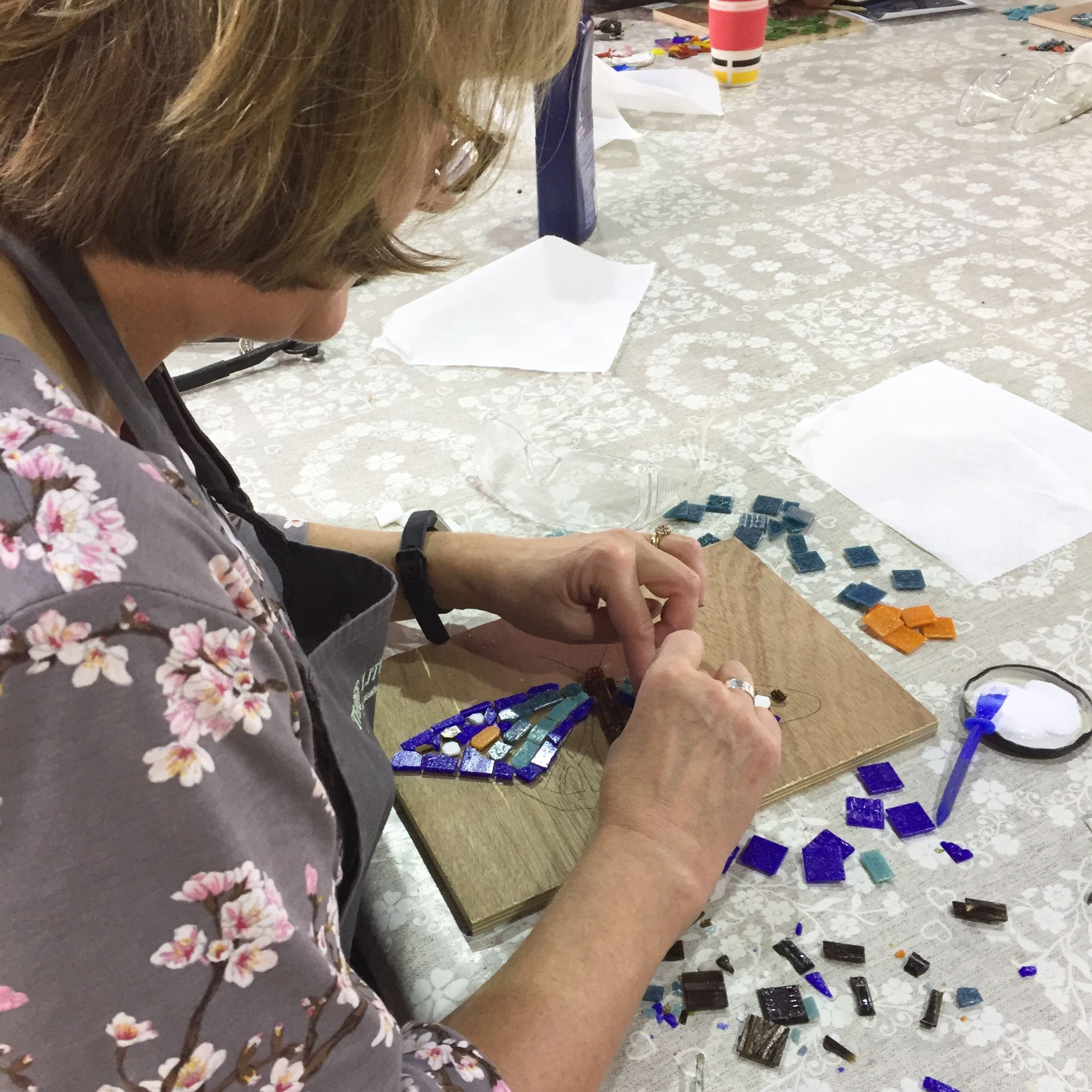 Mosaic Workshop - Gluing