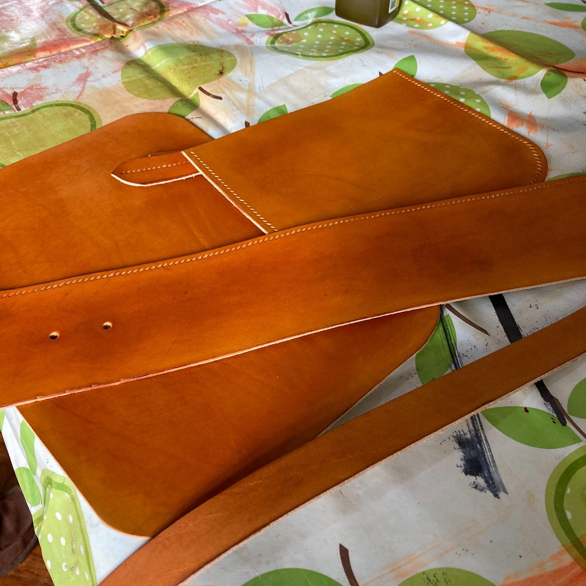 Mini Leather Satchel Workshop - - Construction