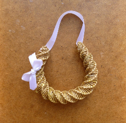 sm wedding horseshoe