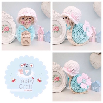 Little Snail with Hat - White, Pink and Aqua
