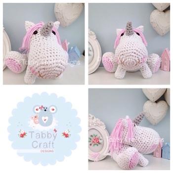 Unicorn with Pale Pink Mane