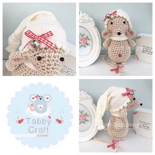 Christmas Bell Standing Mouse with Beanie Hat and Scarf - Beige and Ivory