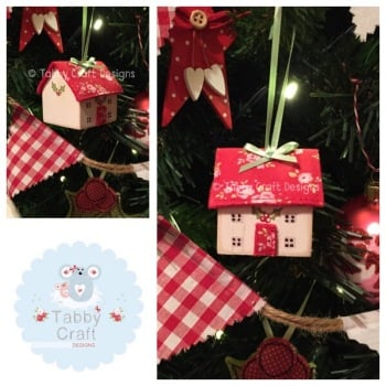 Small Hanging Wooden Christmas Cottage - Ivory and Small Red Floral