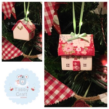 Small Hanging Wooden Christmas Cottage - Ivory and Large Red Floral