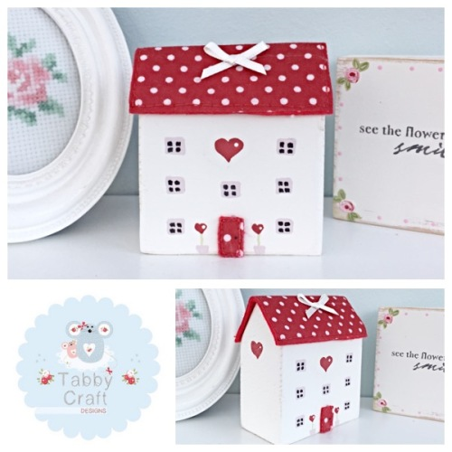 Three Storey Distressed Wooden Heart Cottage - Ivory and Red Fabric