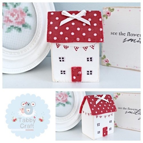 Distressed Wooden Bunting Cottage - Ivory and Red Fabric