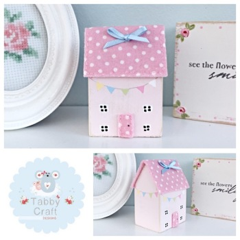 Distressed Wooden Bunting Cottage - Multi and Pink Fabric