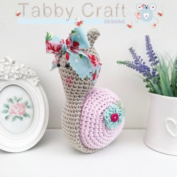 Snail with Large Floral Bow  -  Pink and Aqua