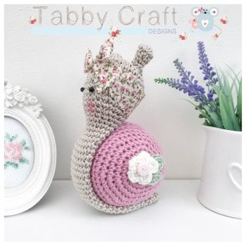 Snail with Large Floral Bow  -  Dusky Pink and Ivory