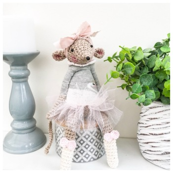 Sitting Mouse with Swan Jumper and Tutu - Beige, Pink and Ivory