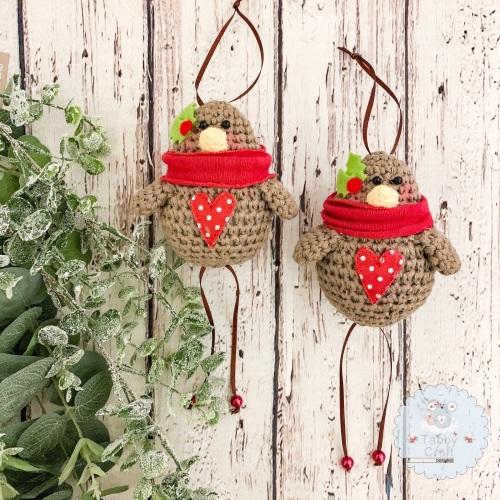 Christmas Hanging Robin