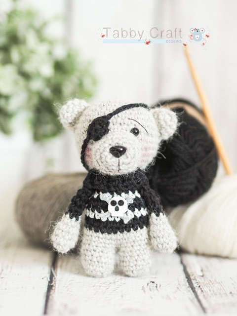 Little Pirate Bear with Skull Jumper   - Black and White