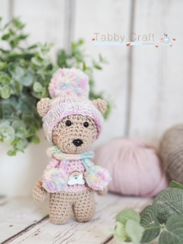 Little Bear with Rainbow Jumper and Woolly Hat     -  Pink and Brown