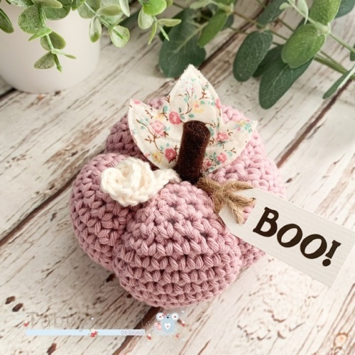 Large Halloween Boo Pumpkin  - Lilac Pink with Pink Flowers