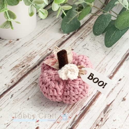 Mini Halloween Boo Pumpkin  - Dusky Pink with Cream Flowers