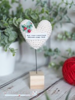 Christmas Standing Sentiment Heart with Holly -  Ivory
