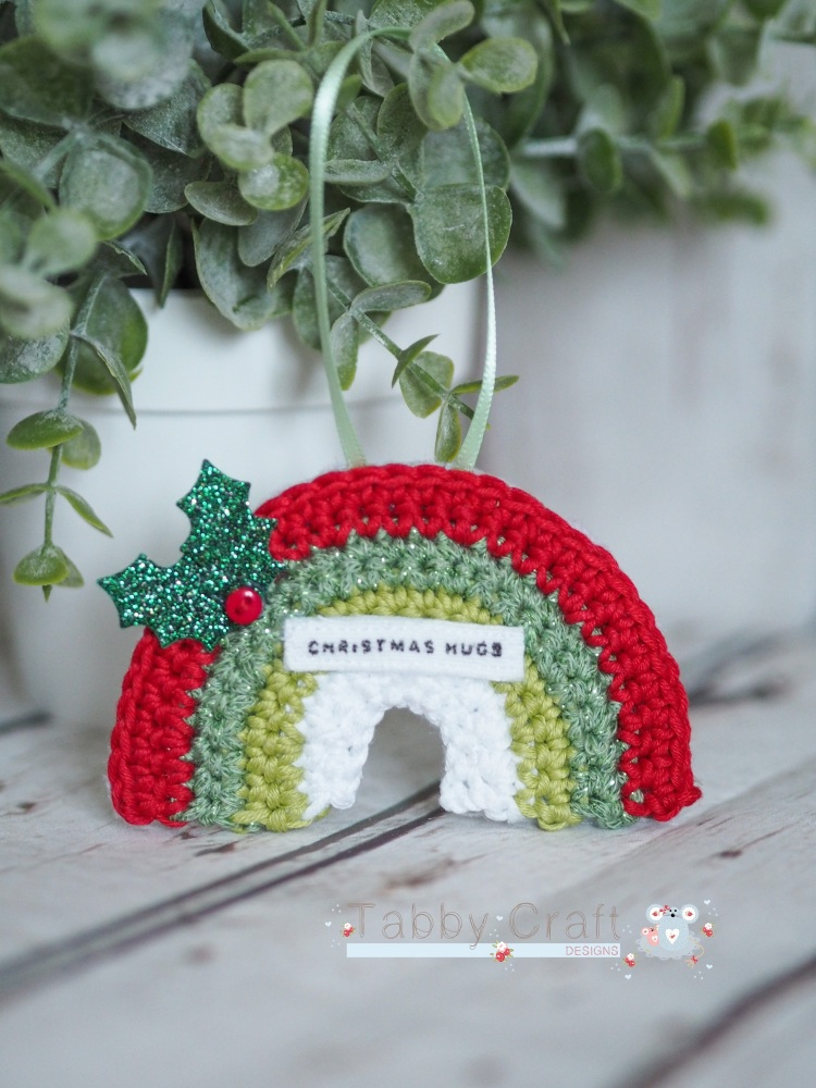 Hanging Mini Rainbow Decoration with Christmas Hugs Sentiment - Red, Green