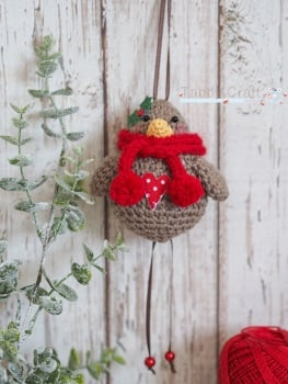 Christmas Hanging Robin with Knitted Scarf