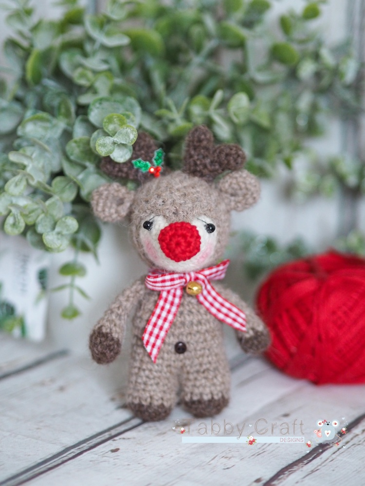 Christmas Reindeer with Bow and Bell