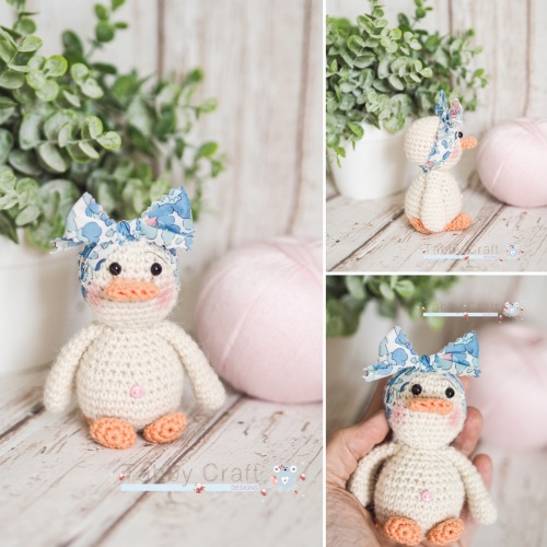 Small Dinky Duck with Liberty Print  Bow - Ivory  and  Blue