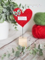 Pre Order - Christmas Standing Sentiment Heart with Hol ly -  Red and Ivory