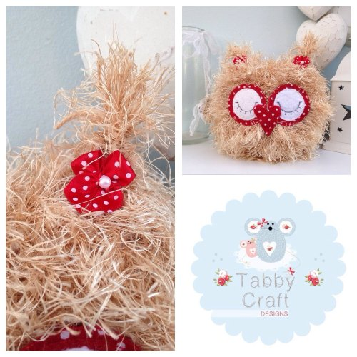 Fluffy Sleeping Baby Owlet - Beige and Red