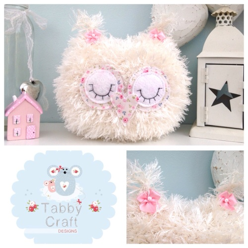 Fluffy Sleeping Baby Owlet - Ivory and Pink