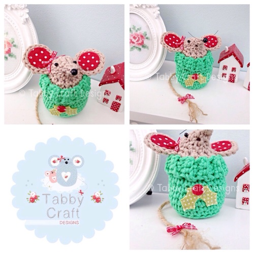 Small Christmas Jump Mouse - Light Brownand Green