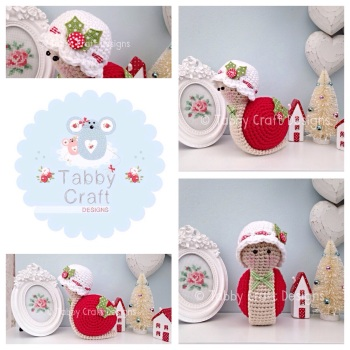 *** Made to Order*** Little Christmas Snail with Hat - Red White and Green