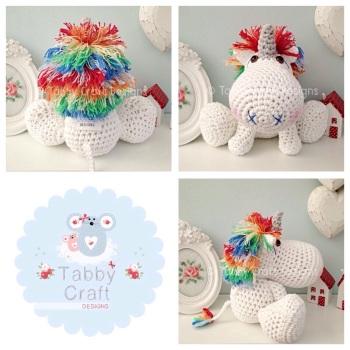 Unicorn with Rainbow Mane