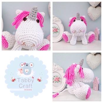 Unicorn with Hot Pink Mane