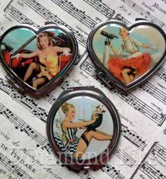 Pin-Up Girl Metal Compact Mirror