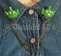 Alien Collar/Cardigan Pins