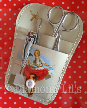 Pin-Up Girl Manicure Set