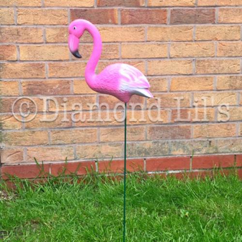 Kitsch Plastic Lawn Flamingo
