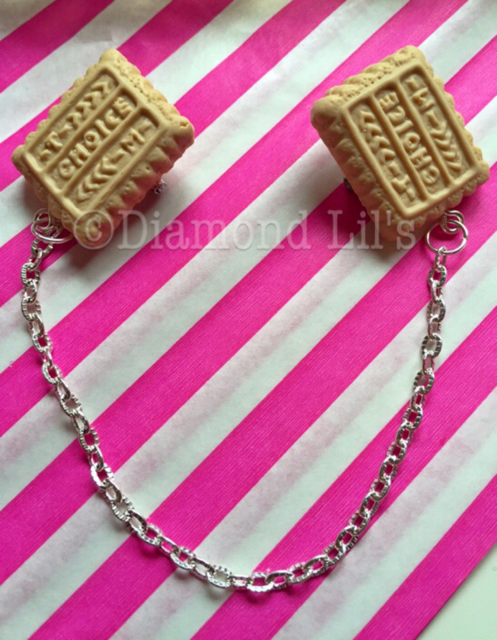 Biscuit Collar/Cardigan Pins