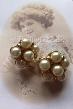 Retro Faux Pearl Clip On Earrings