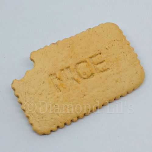 Nice Biscuit Brooch