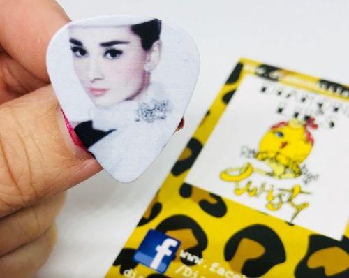 Audrey Hepburn Plectrum Pin