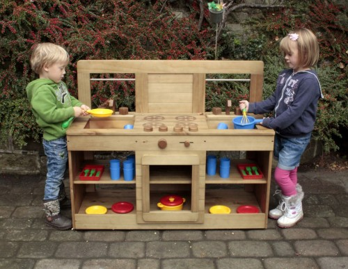 Wooden Ourdoor Mud Kitchen - 112 x 46.5 x 92cm - Each