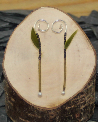 Seedling earrings