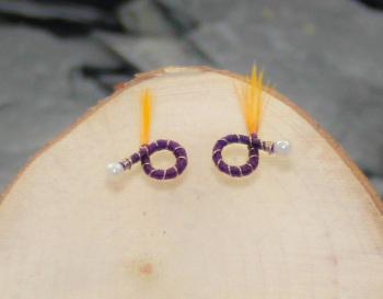 Dark purple round nymphs