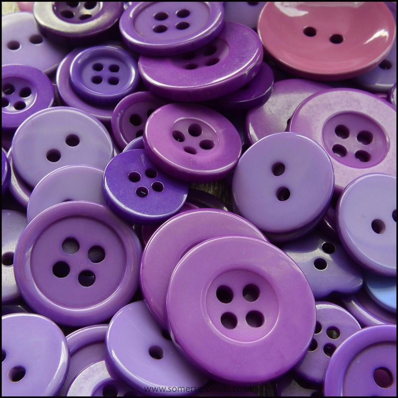 35g Mixed Purple Buttons