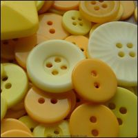 35g Yellow Mixed Buttons