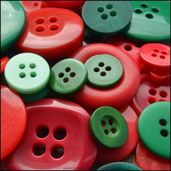 35g Red and Green Button Mix