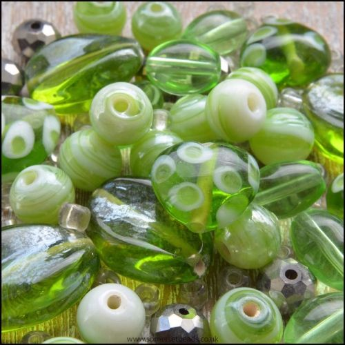 Green Luster Design Beading Pack